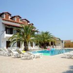 Vila CAPTAINS APARTMENTS Kavos