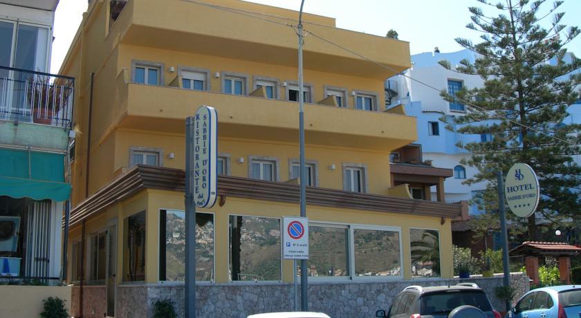 Hotel SABBIE D'ORO Djardini Naksos 4*