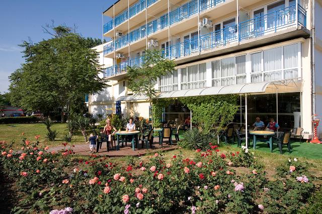 Hotel CONTINENTAL Sunčev Breg 3*
