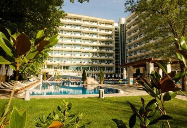 Hotel OASIS Sunčev Breg 4*