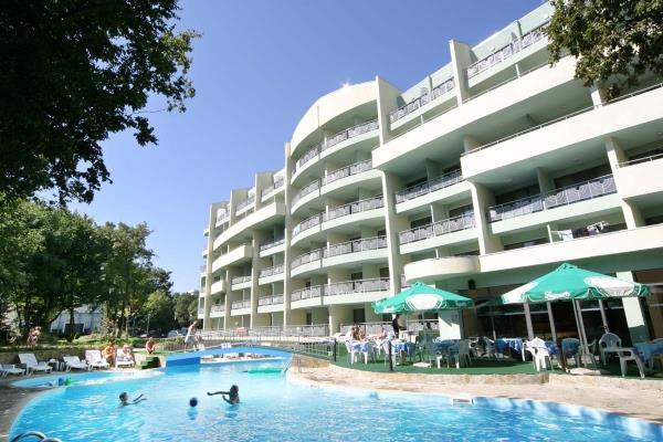 Hotel PERUNIKA Zlatni Pjasci 3*