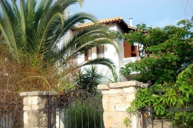 Vila DINA Sivota