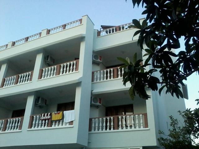 Hotel UNVER Marmaris 2*