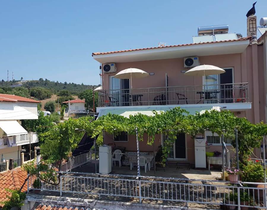 Vila AGNADI Sarti
