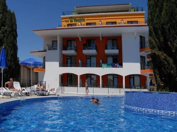 Hotel KIPARISITE Sunčev Breg 4*