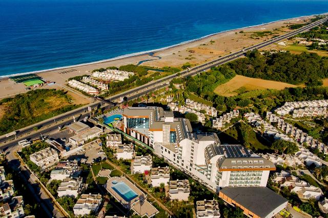 Hotel THRONE BEACH RESORT SPA Side 5*