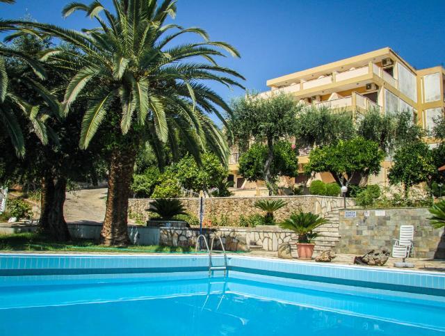 Hotel LA CALMA Dassia Krf