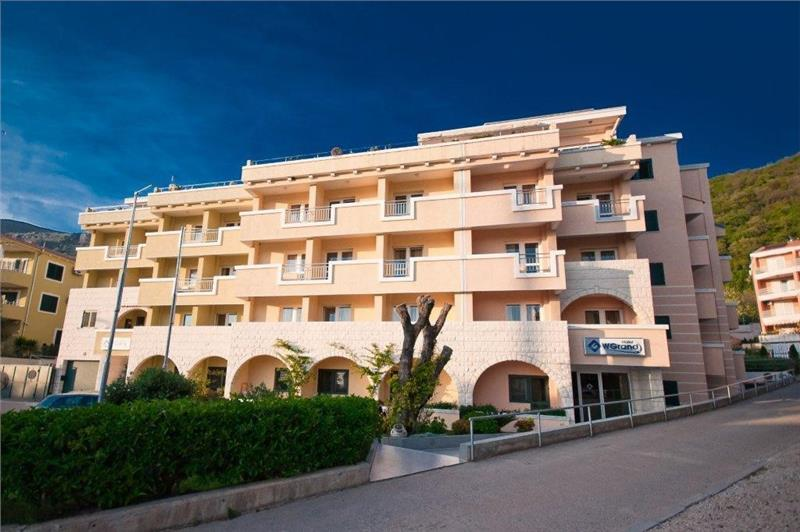 Hotel WGRAND Petrovac