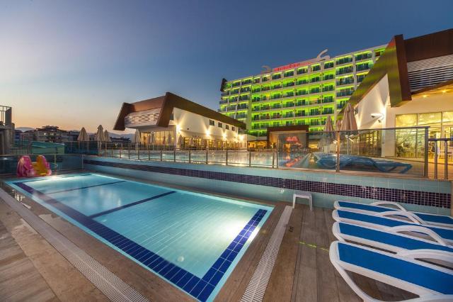 Hotel SUN STAR RESORT Alanja